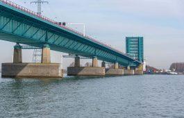 Haringvlietbrug: tot half uur reistijd, bovenop 'gewone' file
